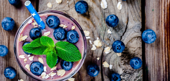 Blueberry-Banana Oatmeal Smoothie Recipe